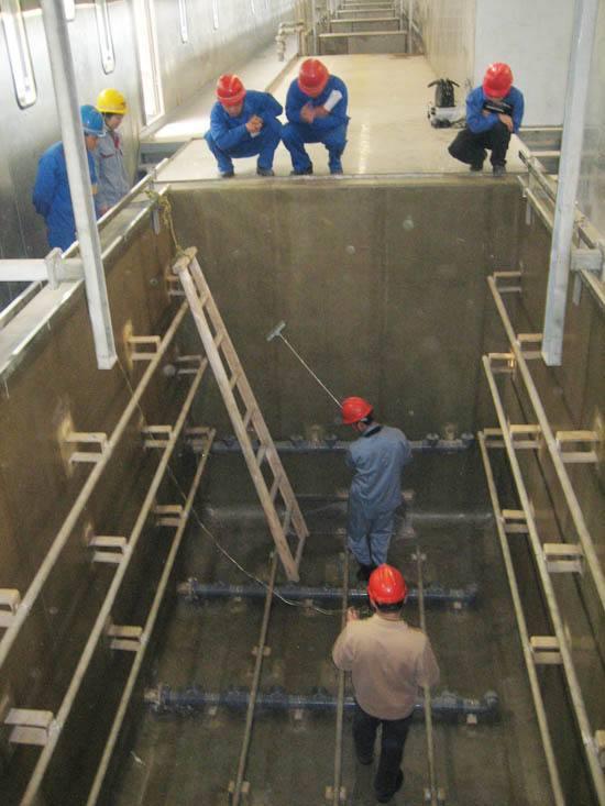 灵璧县废酸池玻璃钢防腐一布三油水池防腐