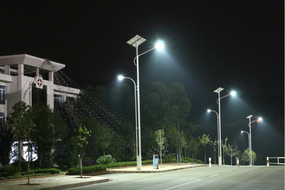 清水路灯价格/太阳能路灯安装