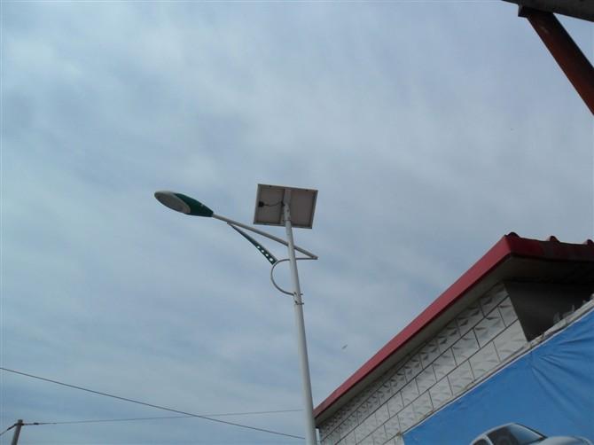 罗山路灯厂家电话-太阳能路灯安装电话