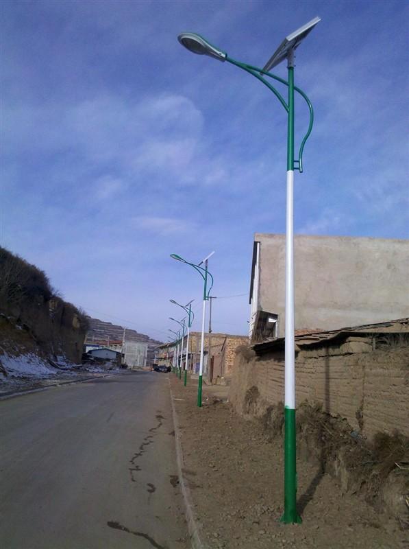 滨城路灯价格/太阳能路灯安装