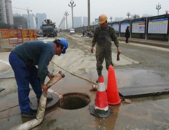 梁溪区清名桥街道污水井清理项目