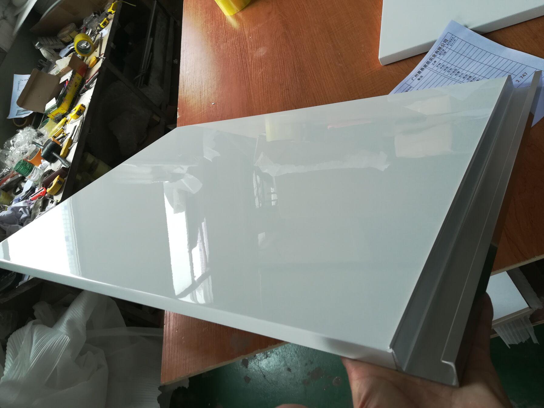 中山横栏高光烤漆板厂家_实木门板_工厂直销