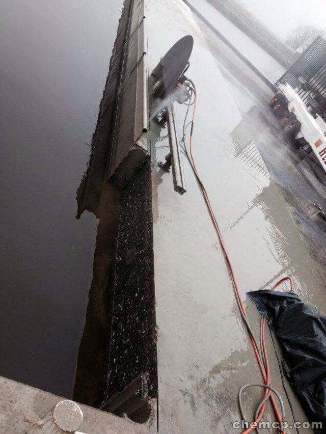麦盖提高速防护栏切割拆除电话号码