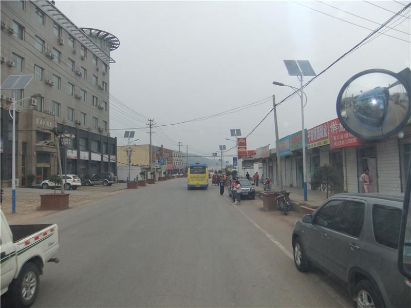 雨城路灯销售/太阳能路灯安装
