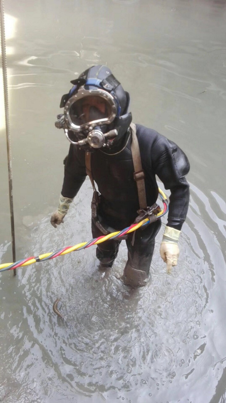 更新/封堵污水管道现场讲解_呼和浩特