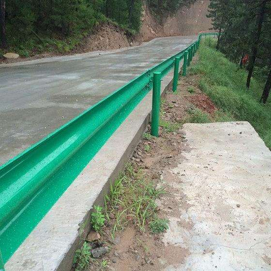 洛阳市偃师市高速护栏材料施工