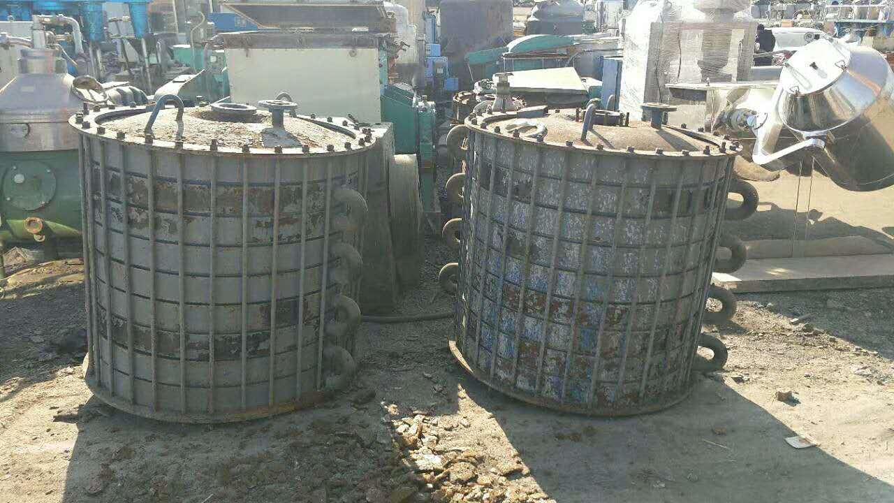 海北藏族回收二手2000L搪瓷双锥真空干燥机