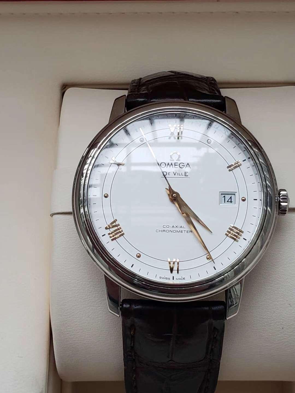 津南回收天梭力洛克-公司手表