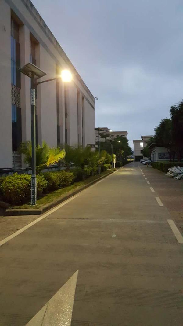 济宁汶上农村6米路灯价格低压太阳能路灯质保五年