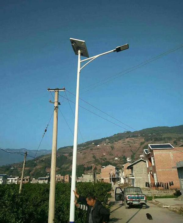 册亨球场灯LED路灯厂家生产价格优惠