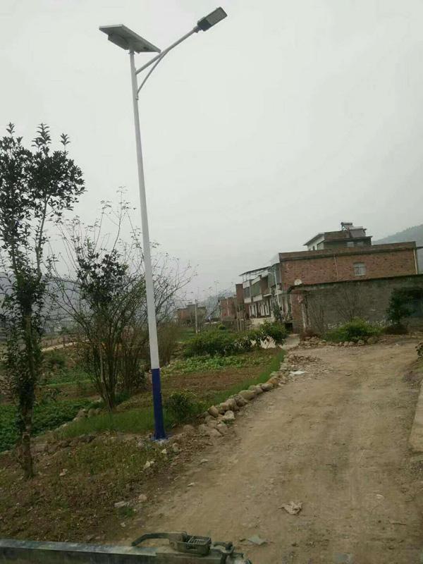 嘉兴海盐3米4米庭院灯多少钱太阳能路灯厂家