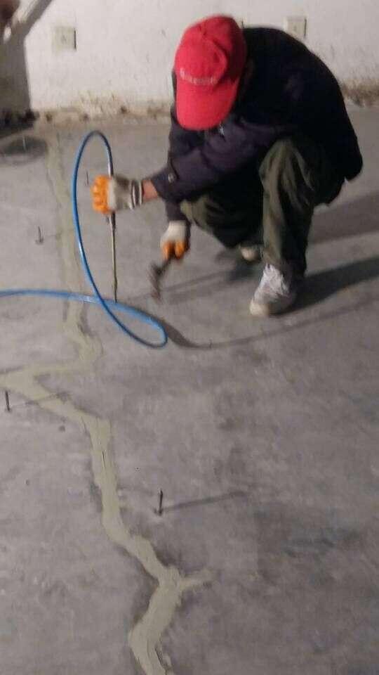葫芦岛混凝土空鼓裂缝解决办法现货销售