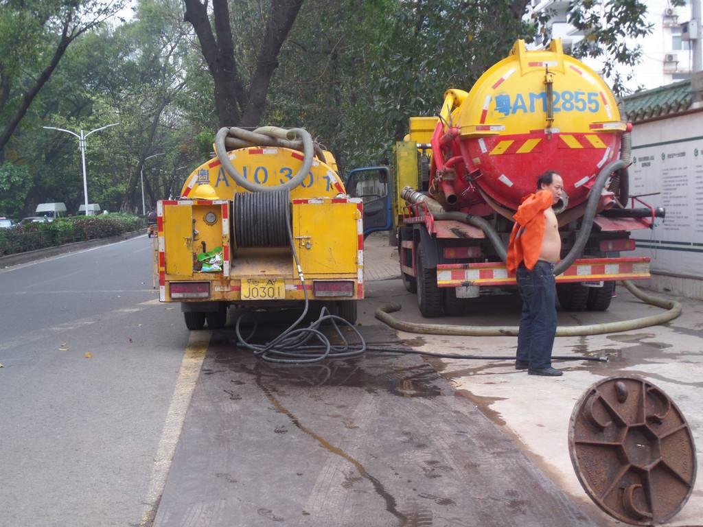 唐山曹妃甸区疏通下水道施工团队☞俊宏管道疏通