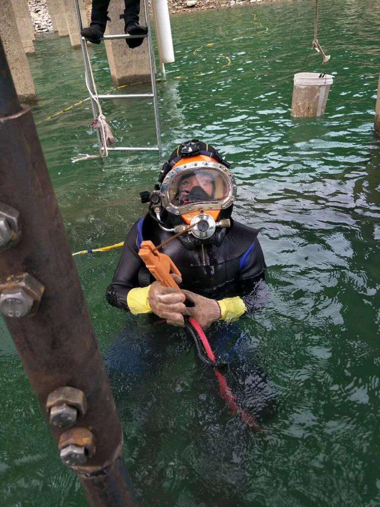 丹东市水下作业公司——实力派潜水队
