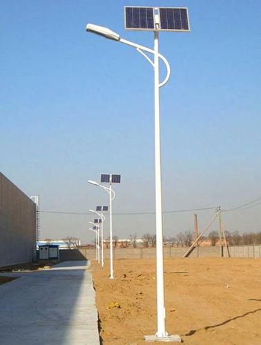 张掖肃南3米4米太阳能庭院灯价格厂家现货直销价