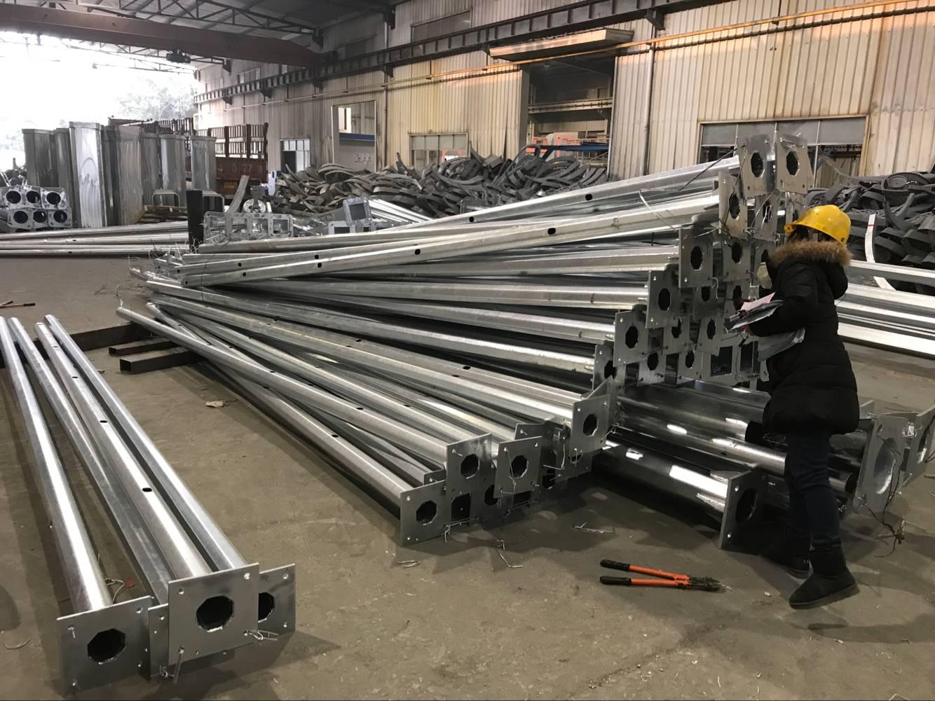 临夏回族自治州5米监控立杆规模化生产华体厂家直销