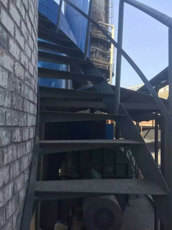 津市砖烟囱爬梯护网维修——本地有爬梯安装施工队吗