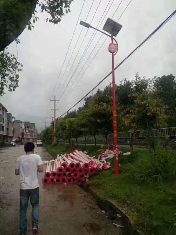 怒江傈僳族自治州路灯厂哪里有卖路灯价格多少
