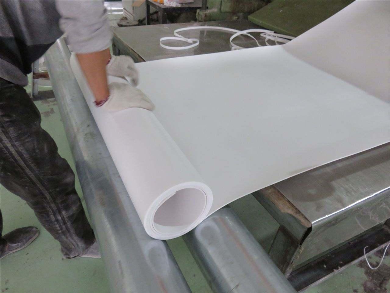 铁岭管道支架聚四氟乙烯垫板厂家价格