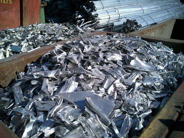 成都新都区电子厂回收多少钱一斤