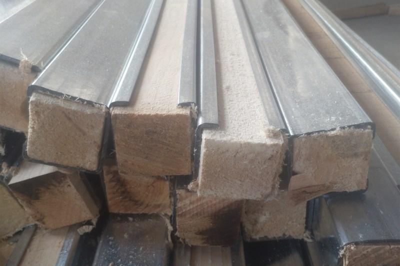 二道钢包木C型钢生产厂家