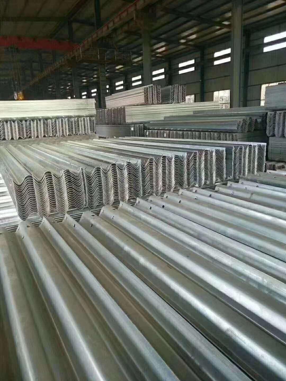 黑龙江省波形护栏板生产厂家道路设施
