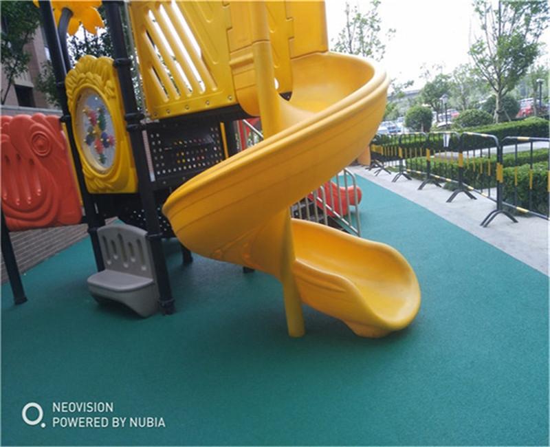 咨询:富阳公园游乐场塑胶场地规格