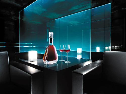 肇庆市50年茅台酒瓶回收【酒庄】回收酒窖酒庄等闲置酒瓶