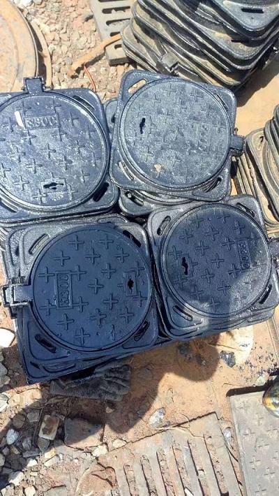 鄂州800*800铸铁方形井盖品质优良