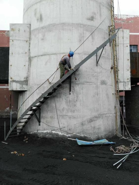 锦州砼烟囱拆除施工-欢迎访问