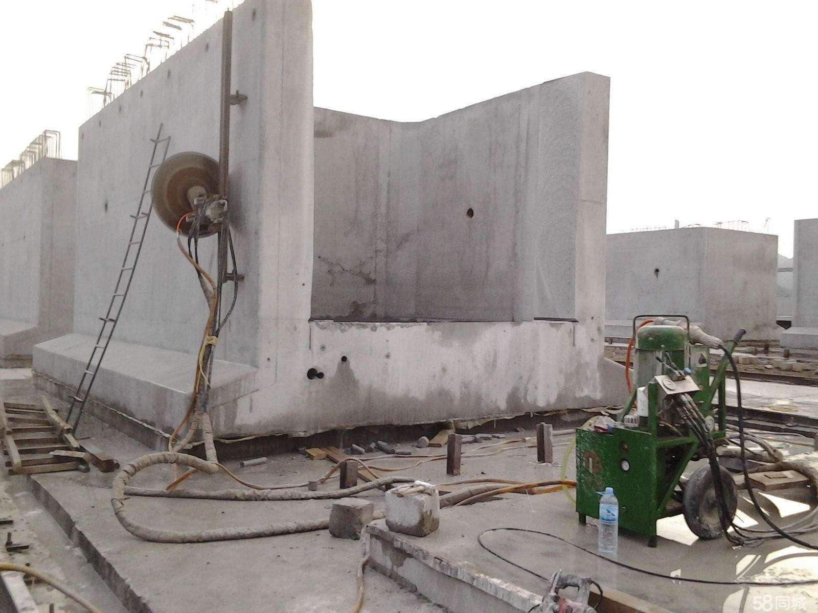 柘荣高速防护栏切割拆除哪家好?