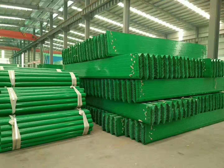 东莞市谢岗镇波形护栏板多少钱一米
