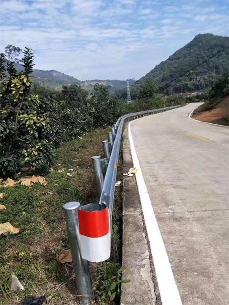昆明市宜良县回收波形护栏定制加工