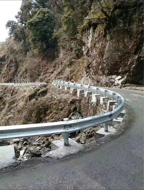 信阳市浉河区护栏板国标非标