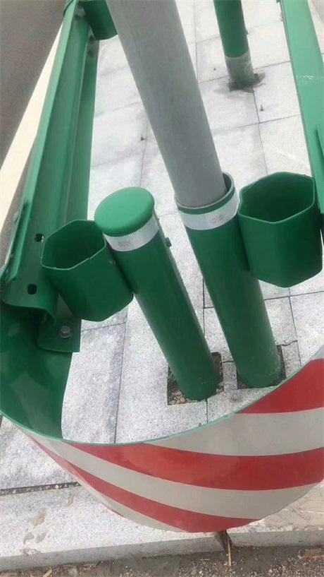 甘肃张掖市波形护栏板要多少钱一米