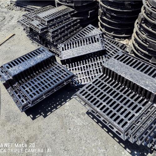 :石嘴山700*900*120轻型防沉降井盖批发价
