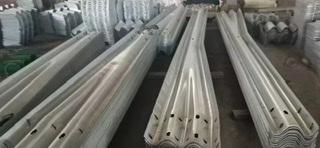 昭通市波形梁护栏板施工多少钱