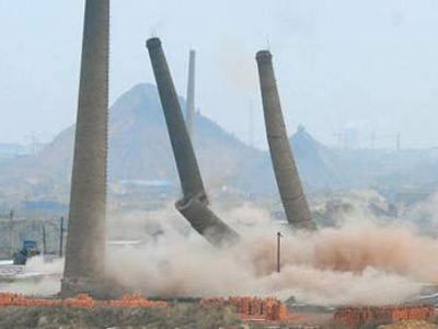高陵县砖烟囱定向拆除公司在线咨询