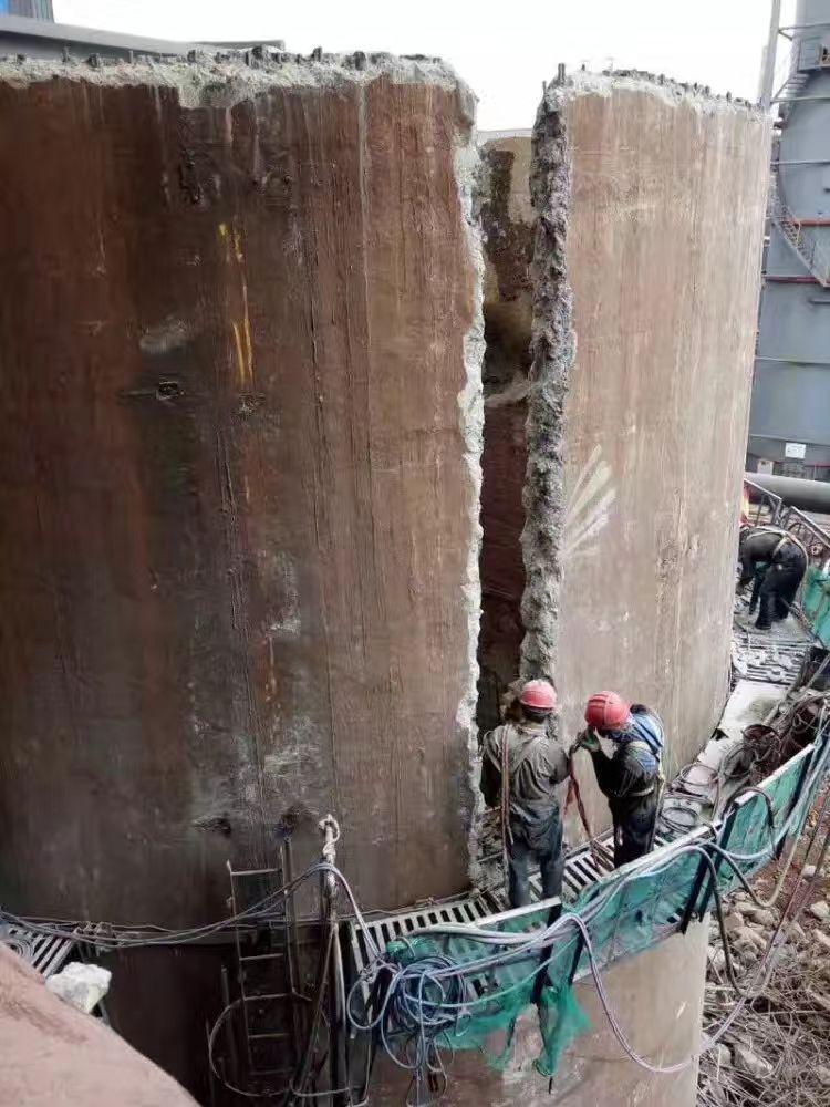 郑州烟囱爬梯防腐公司高空烟囱防腐施工单位