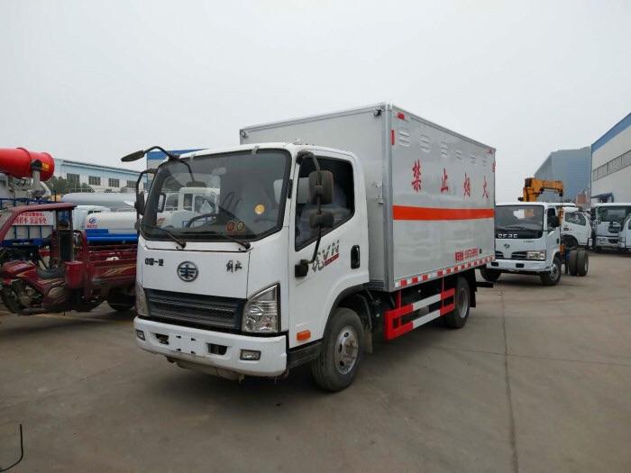 二类气瓶运输车奥铃易燃气体运输车