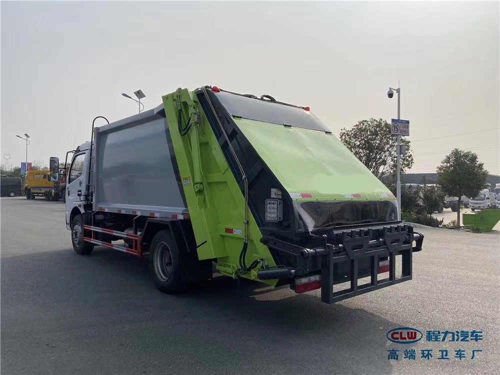 东风5方环卫挂桶压缩式垃圾清运车厂家