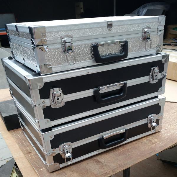 本溪市定制铝合金舞台服装道具灯光箱定做正天铝箱联系电话