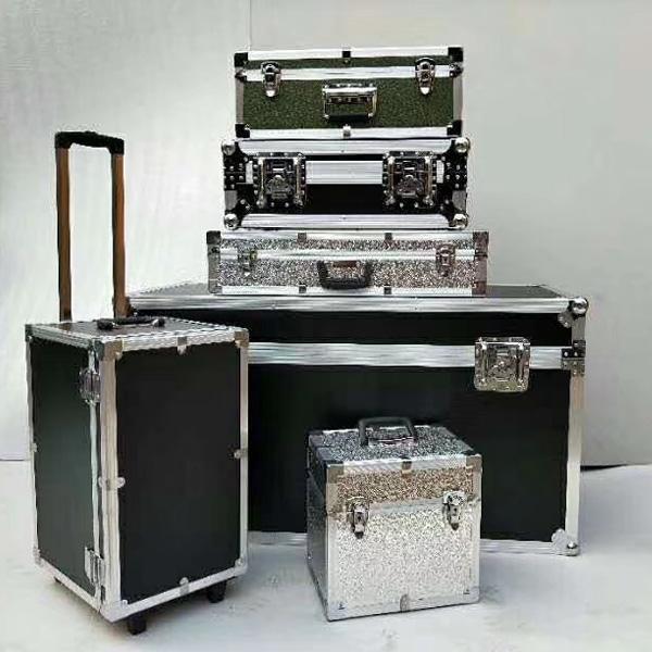东营市定制铝合金舞台服装箱定做正天铝箱批发