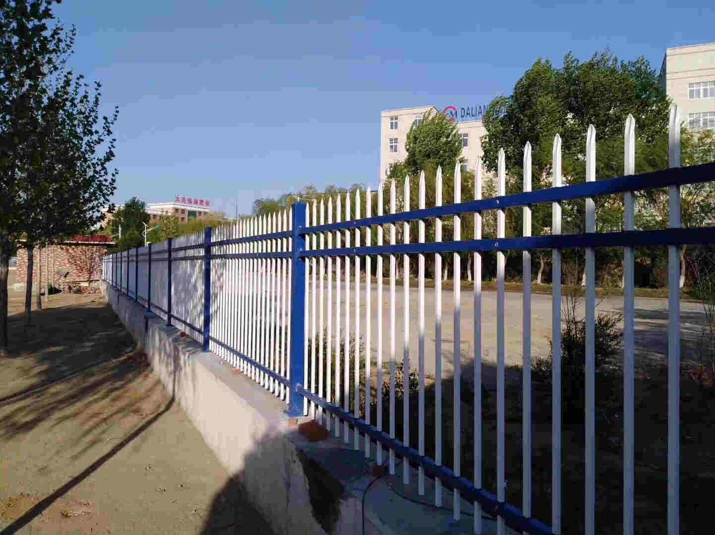 金普新区锌钢围栏 围墙围栏 铁栏杆欢迎前来咨询-衡水精创金属