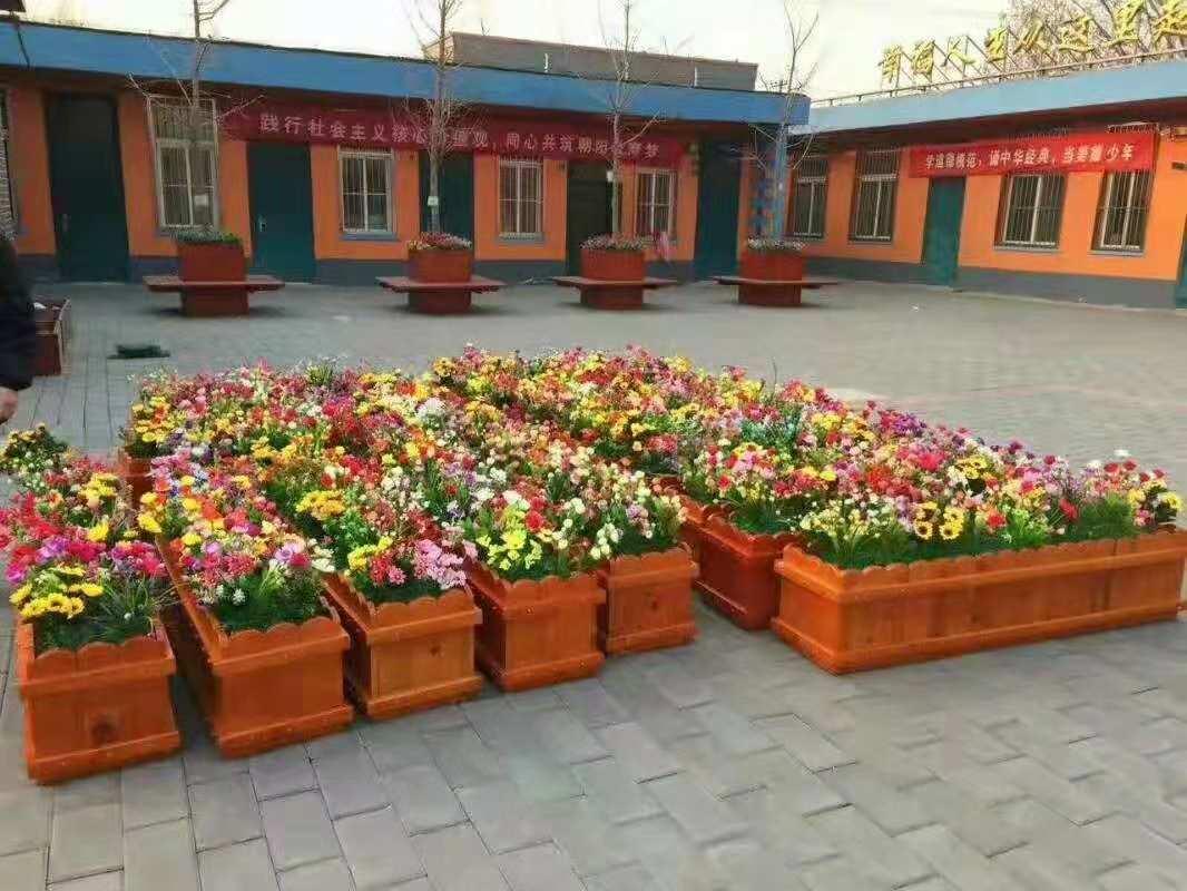 金普新区保税区户外木质花箱生产厂家性能特点