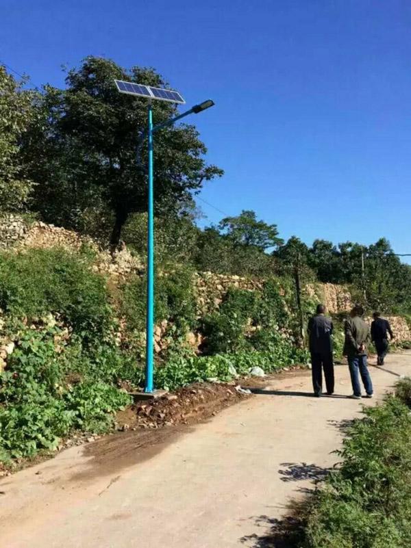 嘉兴5米6米7米太阳能路灯厂家批发价格多少