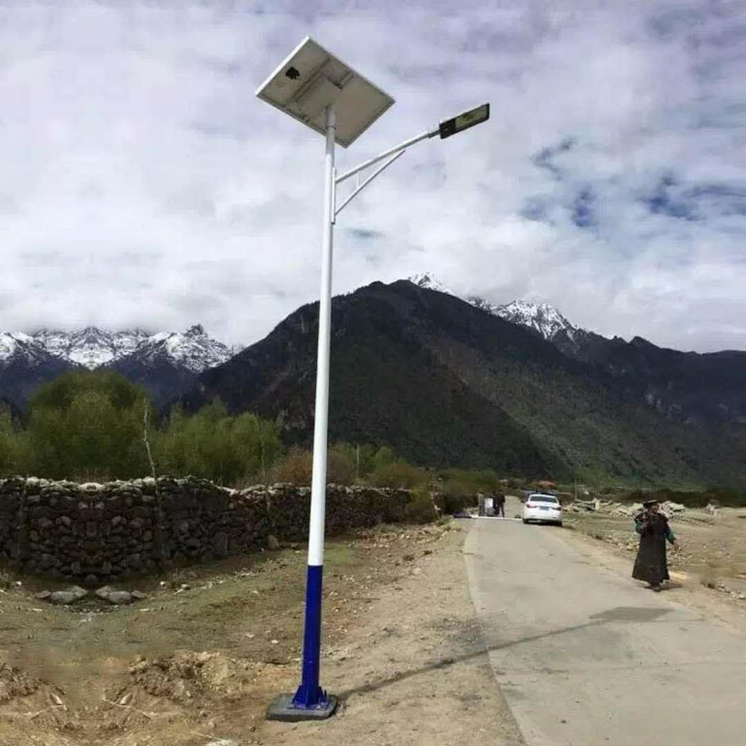 昆明嵩明农村6米太阳能路灯价格80瓦LED路灯怎么卖