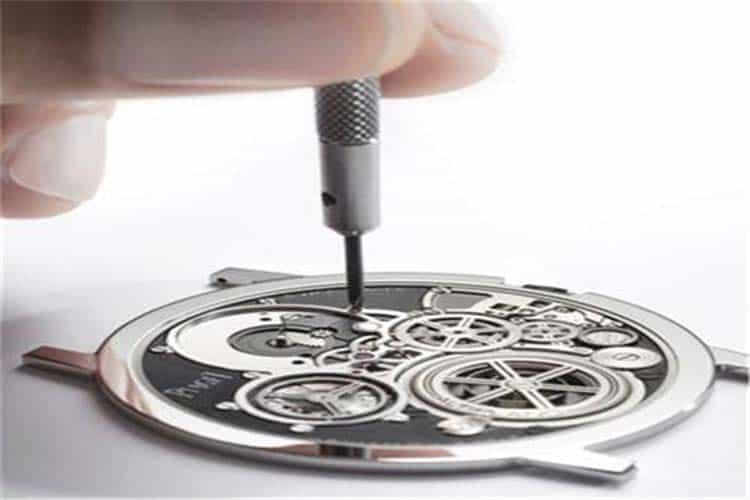 广州格拉苏蒂手表维修手表没电走时