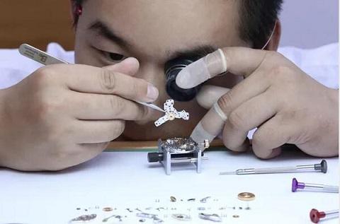 雅典手表维修点长春