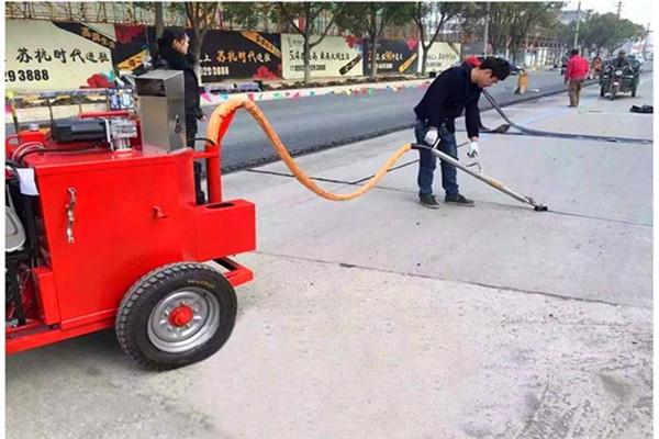 柳州路面养护路面灌缝胶施工工艺